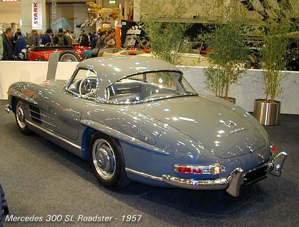 1957_Mercedes_300_SL_Roadster_hardtop_r3q.jpg (68523 bytes)