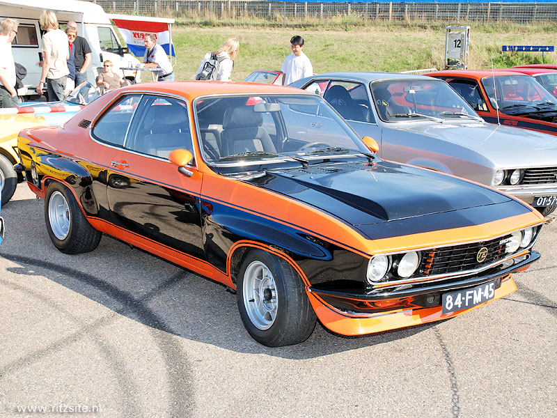 youngtimerbattle opel manta of audi quattro. Black Bedroom Furniture Sets. Home Design Ideas