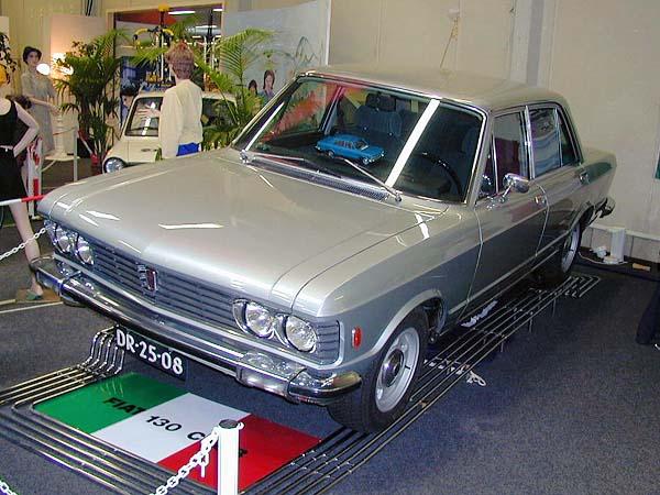 1970_Fiat_130_sedan.JPG