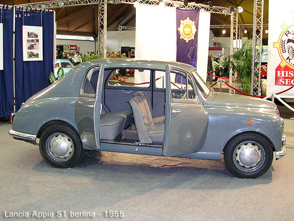 http://www.ritzsite.nl/Lancia/Appia/production/1955_Lancia_Appia_S1_berlina_side.JPG