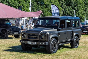 Land Rover Defender 110 Wide Track station wagon by Chelsea Truck Co 2016 fl3q