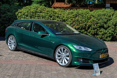 Tesla Model S 2013 shooting break by RemetzCar 2018 fr3q