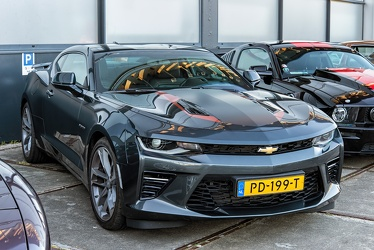 Chevrolet Camaro S6 50th Anniversary Edition 2LT 6.2 Litre V8 coupe 2017 fr3q