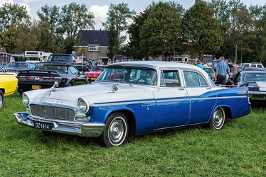Chrysler New Yorker 4-door sedan 1956 fl3q