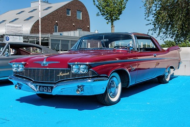 Imperial Crown Southampton hardtop coupe 1960 fl3q