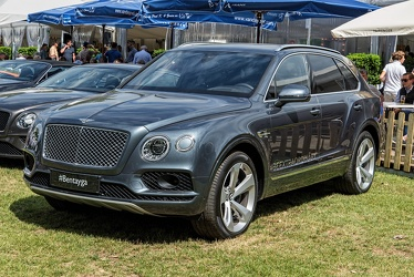 Bentley Bentayga 2017 fl3q