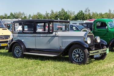 Locomobile Model 8-80 4-door sedan 1927 fr3q