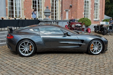 Aston Martin One-77 2012 side