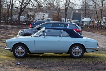 Alfa Romeo Giulia GTC by Touring 1965 blue side