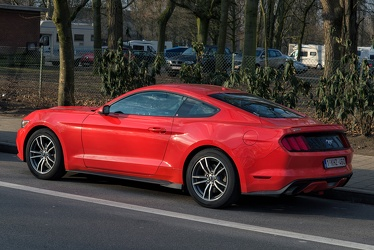 Ford Mustang S6 Ecoboost fastback coupe 2016 r3q