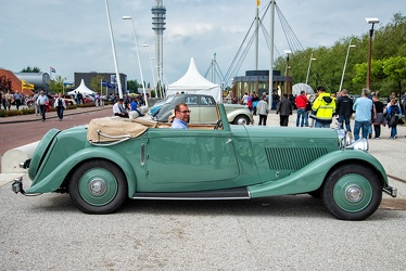 Bentley 3.5 Litre DHC by Park Ward 1935 side