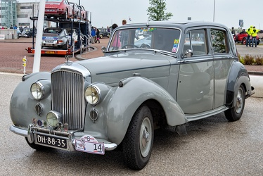Bentley Mk VI standard sports saloon 1950 fl3q