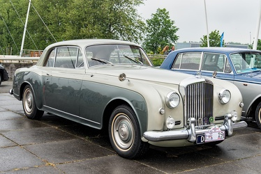 Bentley S1 Continental FHC by Park Ward 1956 fr3q