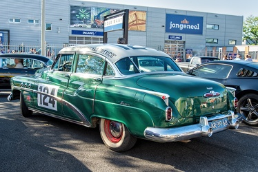 Buick Super 4-door sedan 1952 r3q