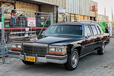 Cadillac Fleetwood formal limousine 1982 fl3q