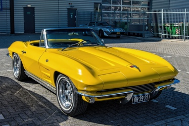 Chevrolet Corvette C2 Sting Ray convertible roadster 1964 fr3q
