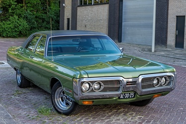 Plymouth Fury III 4-door sedan 1972 fr3q
