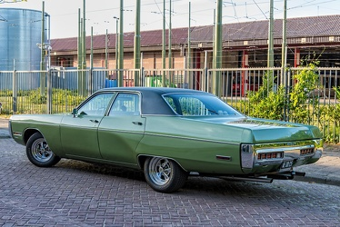 Plymouth Fury III 4-door sedan 1972 r3q
