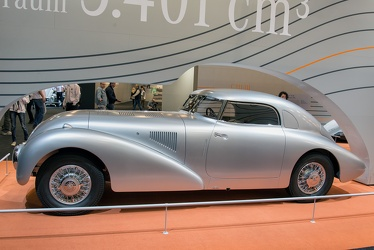 Mercedes 540 K streamline coupe 1938 side
