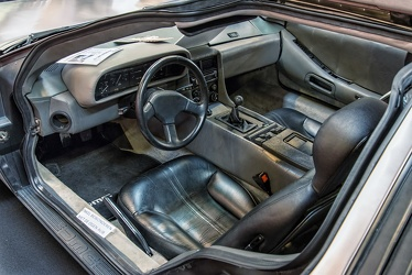 Delorean DMC-12 1982 interior