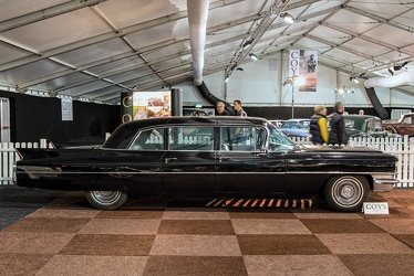 Cadillac 75 Fleetwood limousine 1963 side