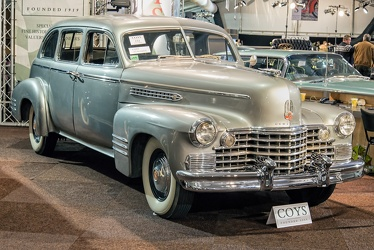 Cadillac 75 imperial sedan by Fleetwood 1942 fr3q