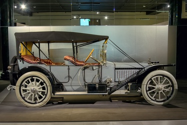 American Underslung Model 644 tourer 1914 side