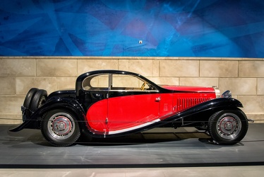 Bugatti T50 coach profile 1932 side