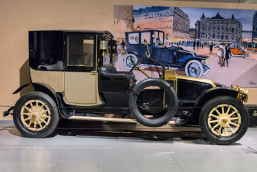 Renault Type DP town car by Muhlbacher 1913 side