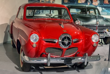 Studebaker Champion Regal DeLuxe Starlight coupe 1950 fr3q