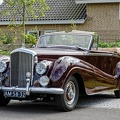 Bentley R DHC by Park Ward 1954 fl3q.jpg