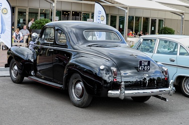 Chrysler Royal 2-door coupe 1940 r3q