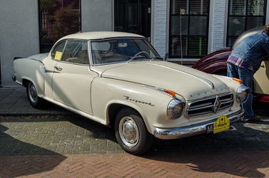 Borgward Isabella S2 coupe 1960 cream f3q