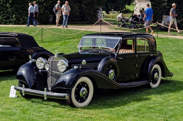Mercedes 540 K saloon by Freestone & Webb 1939 fl3q