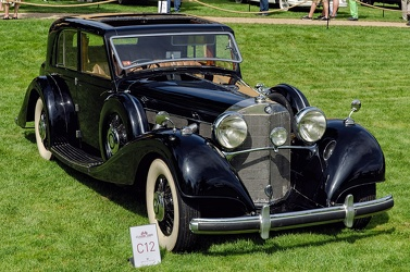 Mercedes 540 K saloon by Freestone & Webb 1939 fr3q