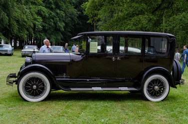 Cadillac Type 61 V8 suburban sedan 1923 side