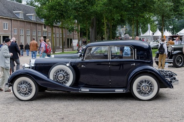 Mercedes 380 4-door sedan 1933 side