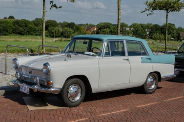 Austin A55 Mk II Cambridge 1961 fl3q