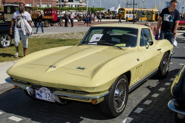 Chevrolet Corvette C2 Sting Ray coupe 1966 fl3q
