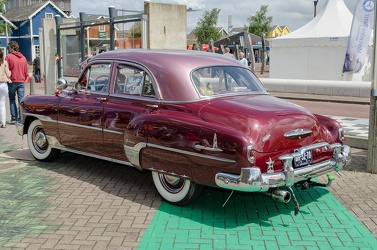 Chevrolet Styleline DeLuxe 4-door sedan 1951 r3q