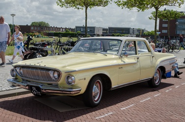 Dodge Dart I6 4-door sedan 1962 yellow fl3q