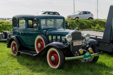 Chevrolet Confederate DeLuxe 4-door sedan 1932 fr3q