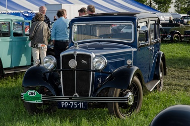 Morris Cowley Six 6-light saloon 1934 fl3q