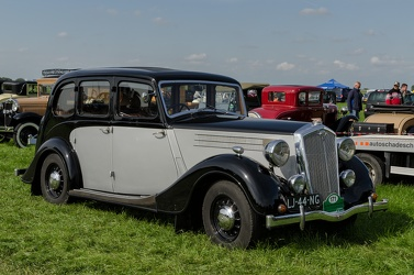 Wolseley 21/6 6-light saloon 1939 fr3q