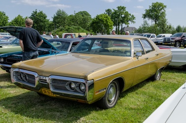 Plymouth Fury III 4-door sedan 1972 fl3q
