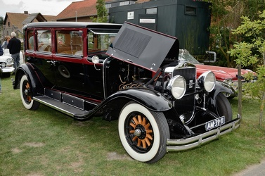 Cadillac Series 341 A V8 4-door sedan 1928 fr3q