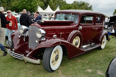 Cadillac Series 370 C V12 town sedan by Fisher 1933 fl3q