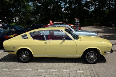 Audi 100 Coupe S 1971 side