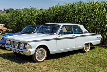 Ford Fairlane 500 2-door sedan 1962 fl3q