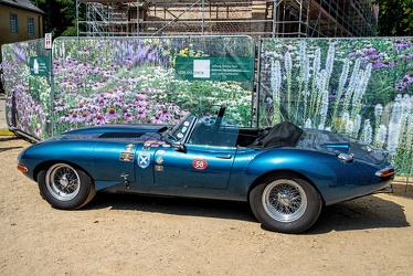 Jaguar E-Type S1 3.8 Litre lightweight roadster 1963 replica side
